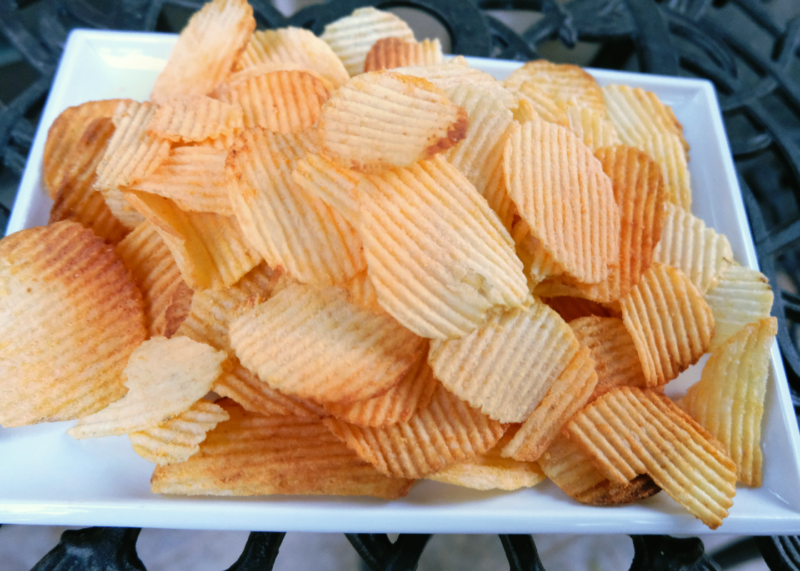 Vegan Cheesy Potato Chips